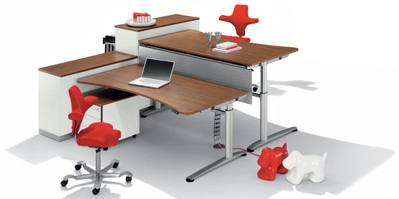 WINI Büromöbel | Bürotische und Büroschränke
