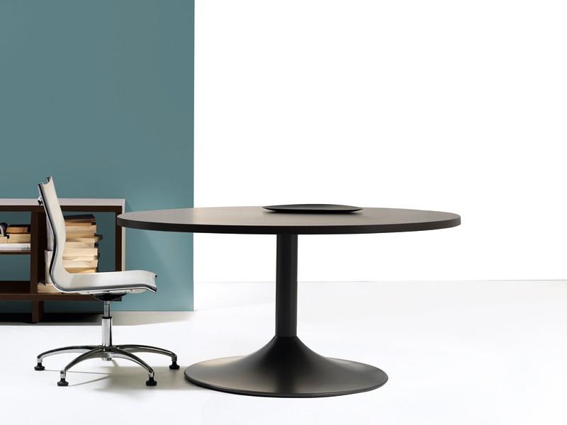 Besprechungstisch Design Im Shop Von Jourtym De Kaufen