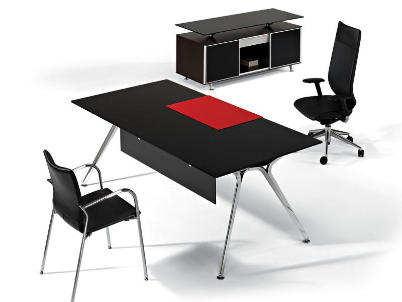 Büromöbel Arkitek Schreibtisch mit Sideboard