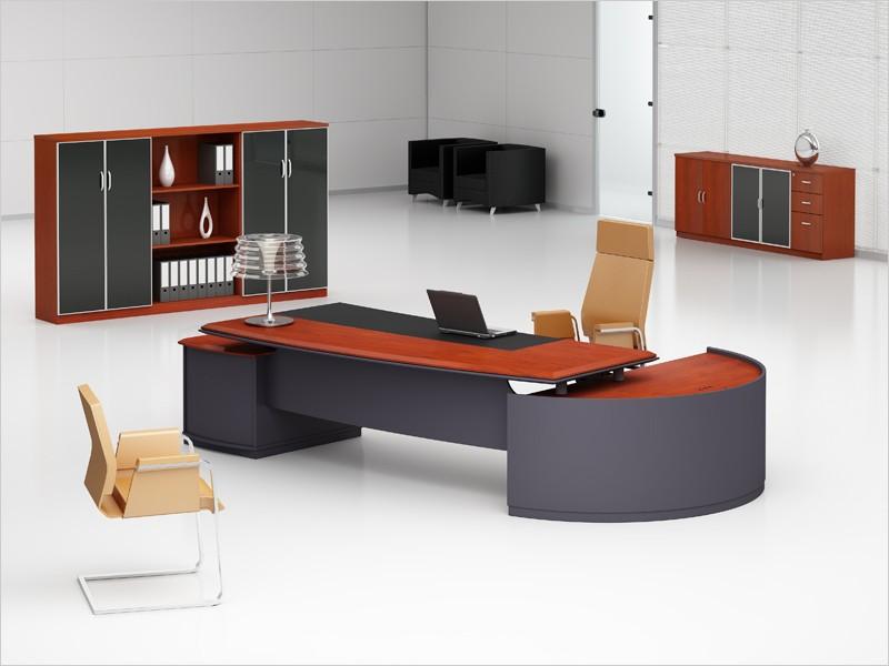 Schreibtisch Walnuss bei JourTym Büromöbel