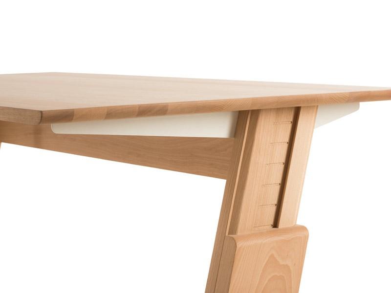 Schreibtisch Für Kinder Gepetto · Kinderschreibtisch Gepetto Detailansicht  · Schreibtisch Höhenverstellbar
